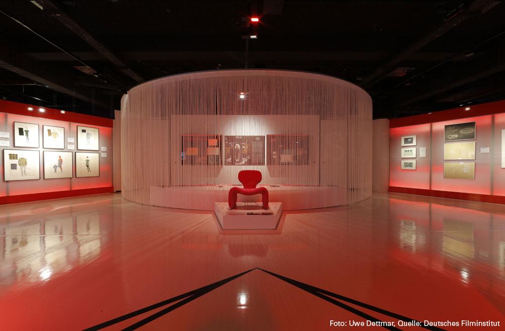 http://2001.deutsches-filmmuseum.de/medien/2018/03/innerspace2-1.jpg